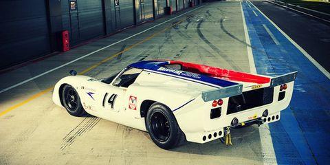 Tire, Wheel, Automotive design, Mode of transport, Infrastructure, Road, Asphalt, Automotive exterior, Fender, Race car,