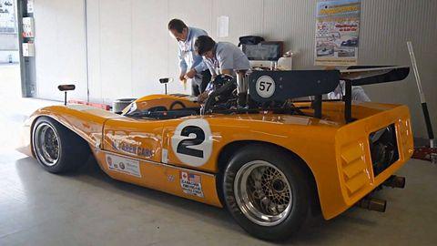 Tire, Wheel, Automotive design, Vehicle, Automotive tire, Automotive wheel system, Rim, Car, Automotive exterior, Fender,