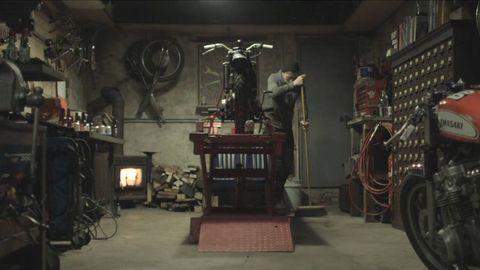 Machine, Iron, Industry, Workshop, Metal, Bicycle wheel, Building material, Shelf, Factory,