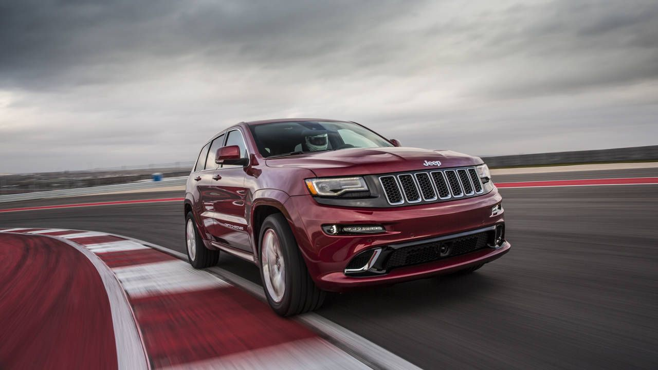 Jeepu0027s 2014 Grand Cherokee SRT Is A Hammeru2014a Big Effinu0027 Hammer With  Prizefighter Power And A Methed Up Chris Brown Attitude Begging For  Confrontation. Itu0027s