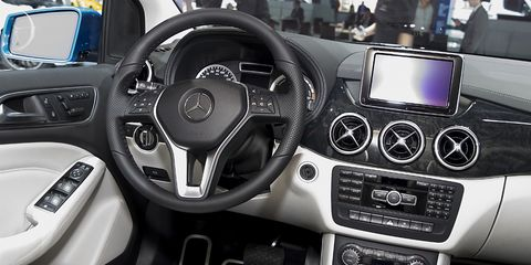 Photos Of The 2014 Mercedes Benz B Class Electric In New York