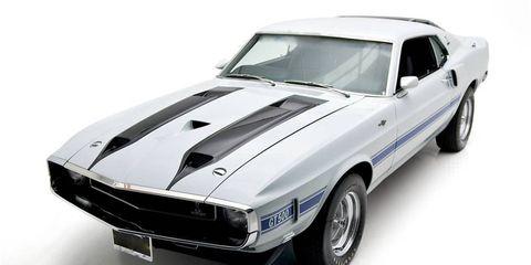 Tire, Wheel, Blue, Automotive design, Vehicle, Automotive exterior, Hood, Land vehicle, Car, White,