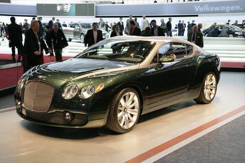 Tire, Mode of transport, Automotive design, Vehicle, Land vehicle, Car, Grille, Personal luxury car, Bentley, Headlamp,