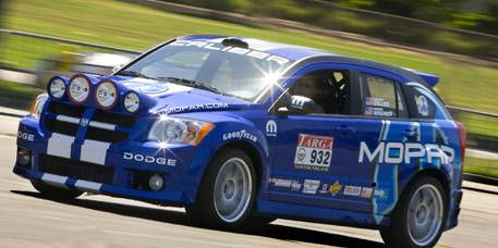 Tire, Wheel, Vehicle, Land vehicle, Automotive design, Motorsport, Car, Racing, Auto racing, Automotive lighting,