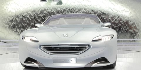 Mode of transport, Automotive design, Vehicle, Grille, Headlamp, Car, Automotive lighting, Personal luxury car, Luxury vehicle, Glass,