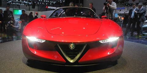 Automotive design, Mode of transport, Event, Vehicle, Car, Personal luxury car, Sports car, Luxury vehicle, Grille, Fashion,