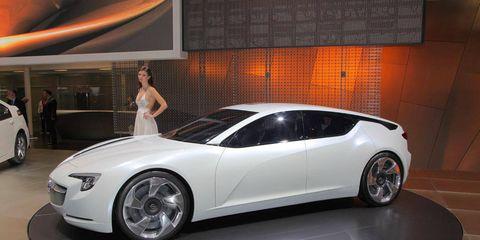 Tire, Wheel, Automotive design, Vehicle, Land vehicle, Car, Fender, Performance car, Supercar, Personal luxury car,