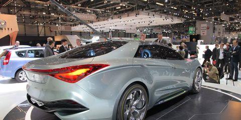 Wheel, Tire, Automotive design, Mode of transport, Vehicle, Event, Land vehicle, Car, Auto show, Exhibition,