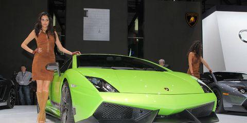 Tire, Automotive design, Vehicle, Event, Land vehicle, Car, Performance car, Supercar, Personal luxury car, Sports car,