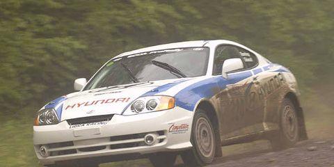 Tire, Vehicle, Automotive design, Land vehicle, Hood, Motorsport, Car, Automotive parking light, Headlamp, Rallying,