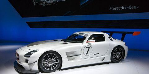 Tire, Wheel, Automotive design, Vehicle, Alloy wheel, Automotive wheel system, Rim, Performance car, Car, Spoke,