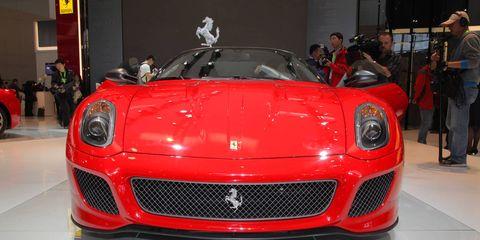 Automotive design, Vehicle, Land vehicle, Grille, Performance car, Car, Sports car, Personal luxury car, Supercar, Luxury vehicle,