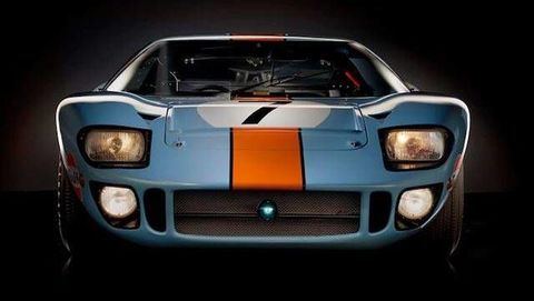 Automotive design, Grille, Sports car, Hood, Headlamp, Supercar, Automotive lighting, Performance car, Bumper, Automotive fog light,