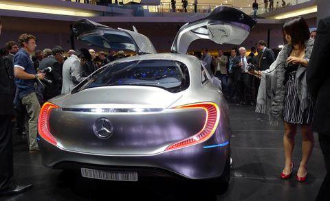 Motor vehicle, Automotive design, Mode of transport, Event, Vehicle, Land vehicle, Car, Dress, Auto show, Concept car,