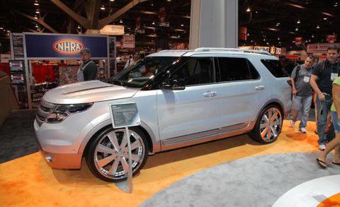 Tire, Wheel, Automotive design, Vehicle, Land vehicle, Car, Auto show, Exhibition, Alloy wheel, Sport utility vehicle,