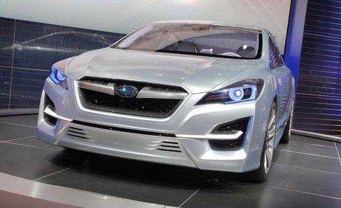 Motor vehicle, Automotive design, Vehicle, Headlamp, Land vehicle, Automotive lighting, Grille, Car, Glass, Hood,