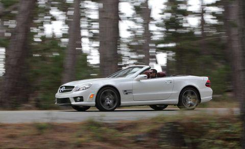 Tire, Automotive design, Vehicle, Land vehicle, Car, Performance car, Hood, Alloy wheel, Rim, Automotive mirror,