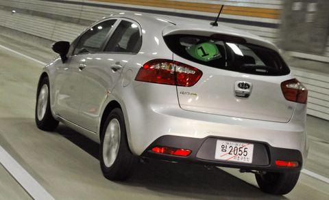 Motor vehicle, Automotive design, Mode of transport, Vehicle, Automotive mirror, Land vehicle, Automotive lighting, Automotive tire, Car, Automotive exterior,