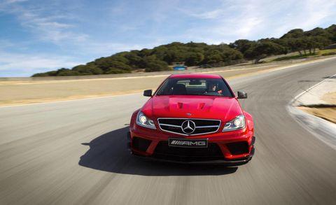 Mode of transport, Road, Automotive design, Vehicle, Grille, Infrastructure, Car, Road surface, Asphalt, Mercedes-benz,