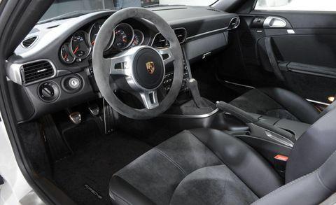 Motor vehicle, Steering part, Mode of transport, Automotive design, Steering wheel, Vehicle, Car seat, Center console, Vehicle door, Speedometer,