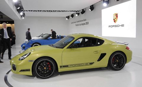Tire, Wheel, Automotive design, Alloy wheel, Vehicle, Automotive wheel system, Rim, Performance car, Car, Spoke,