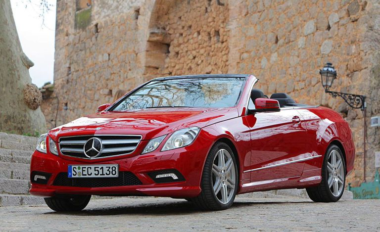 e benz motor and reviews three quarters drivers front trend rating class side cabriolet mercedes cars