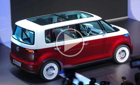 Motor vehicle, Tire, Wheel, Mode of transport, Automotive design, Transport, Vehicle, Automotive mirror, Vehicle door, Automotive exterior,