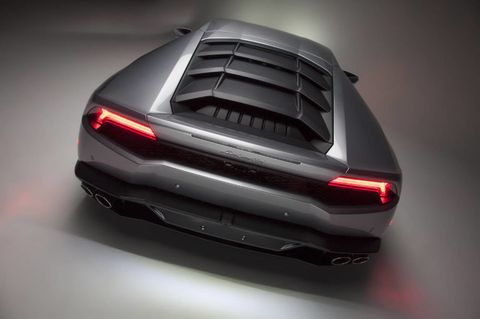 Automotive tail & brake light, Automotive design, Automotive exterior, Trunk, Automotive lighting, Bumper, Luxury vehicle, Tints and shades, Personal luxury car, Automotive exhaust,