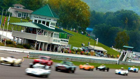 Vehicle, Race track, Automotive design, Motorsport, Racing, Sports car racing, House, Performance car, Auto racing, Race car,