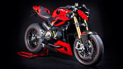 Striptease: The Ducati 1199 Panigale Streetfighter by Hertrampf