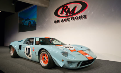Ford Ford Auction >> World Record Breaking 11 Million Paid For Gt40 Gulf Mirage