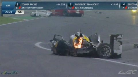 Mark Webber in huge Porsche 919 crash at WEC finale