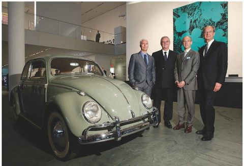 Volkswagen Of America >> Volkswagen Embraces America Art And Thinks Blue