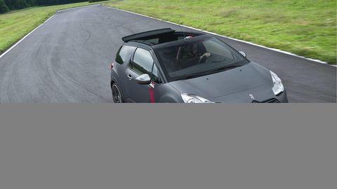 Automotive design, Mode of transport, Road, Vehicle, Automotive mirror, Hood, Car, Road surface, Asphalt, Glass,