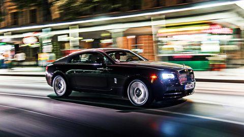 Tire, Motor vehicle, Wheel, Automotive design, Vehicle, Automotive lighting, Road, Infrastructure, Transport, Rim,
