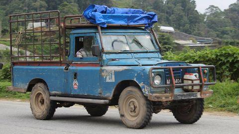 Motor vehicle, Tire, Wheel, Mode of transport, Blue, Transport, Vehicle, Automotive exterior, Automotive design, Automotive tire,