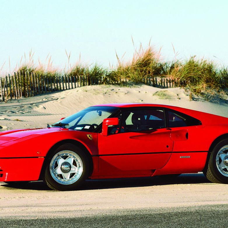 Photos: Ferrari 250 GTO &amp&#x3B; 288 GTO