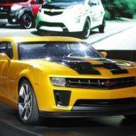 Photos: Paramount Transforms the Chicago Auto Show