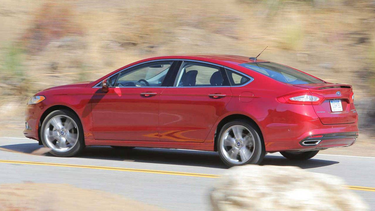 https://www roadandtrack com/new-cars/first-drives/reviews/a22985/2013-ford-fusion-1/