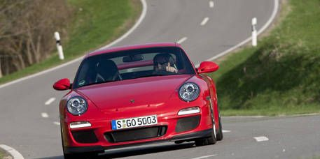 Photos: 2010 Porsche 911 GT3