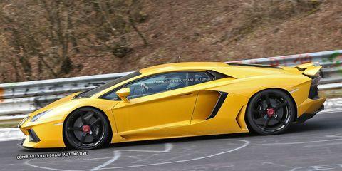 Photos: 2015 Lamborghini Aventador SV