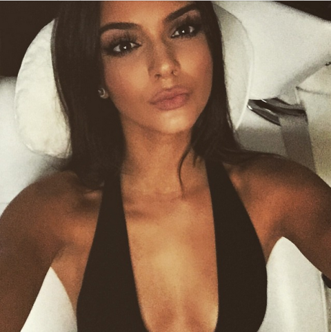 This Is Why Kendall Kylie Jenners Selfies Always Look So Perfect