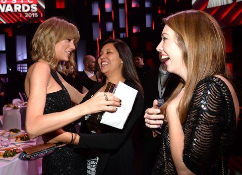 Taylor Swift Meeting Fans