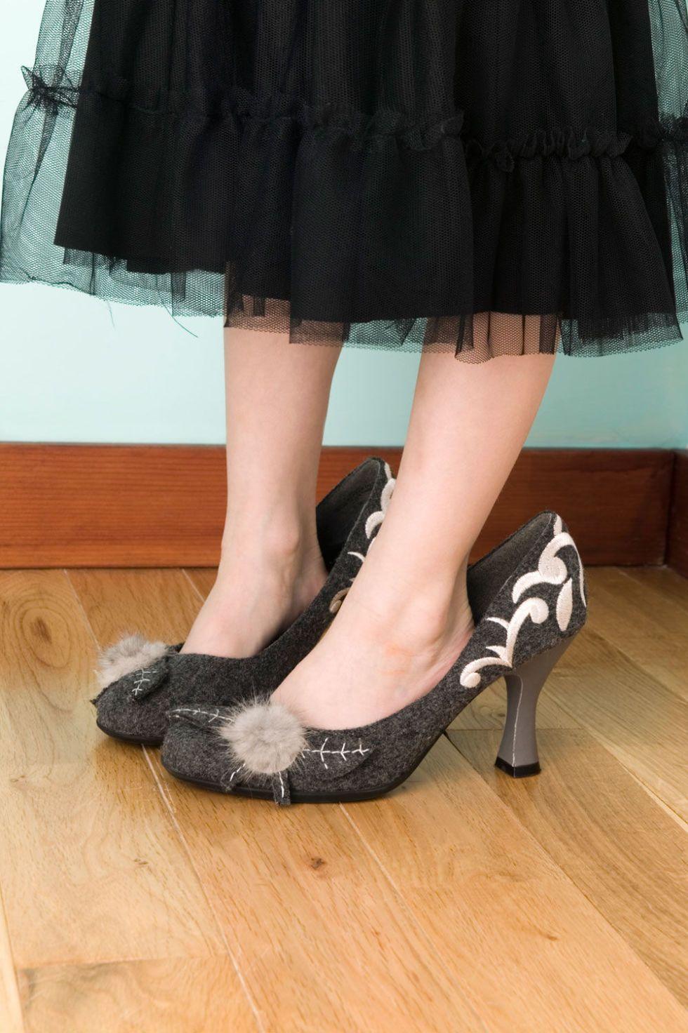 Girl footjob Small