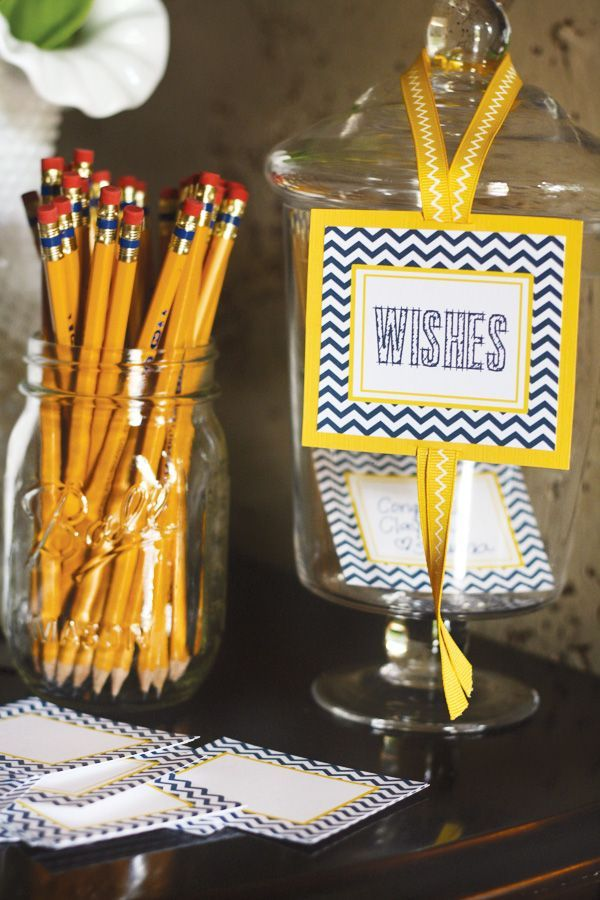 13 easy diy graduation party ideas graduation decorations for your party - Graduation Party Decoration Ideas