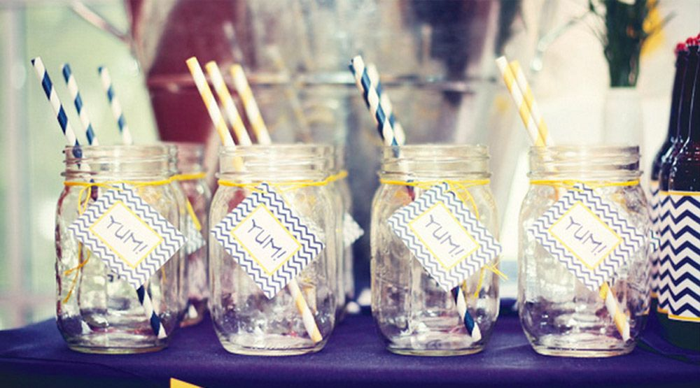 13 easy diy graduation party ideas graduation decorations for your party - Diy Party Table Decorations