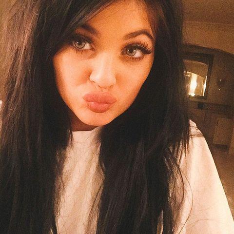 Hair, Nose, Lip, Cheek, Mouth, Brown, Hairstyle, Skin, Chin, Forehead,