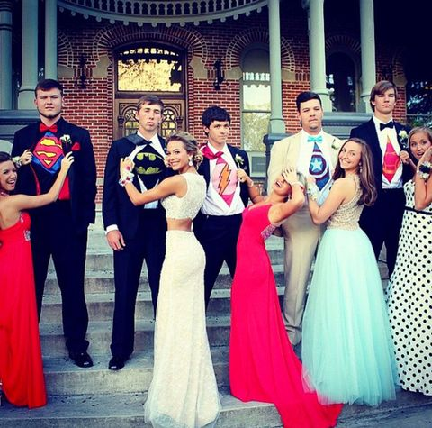 15 best prom poses creative ideas for prom pictures with your besties