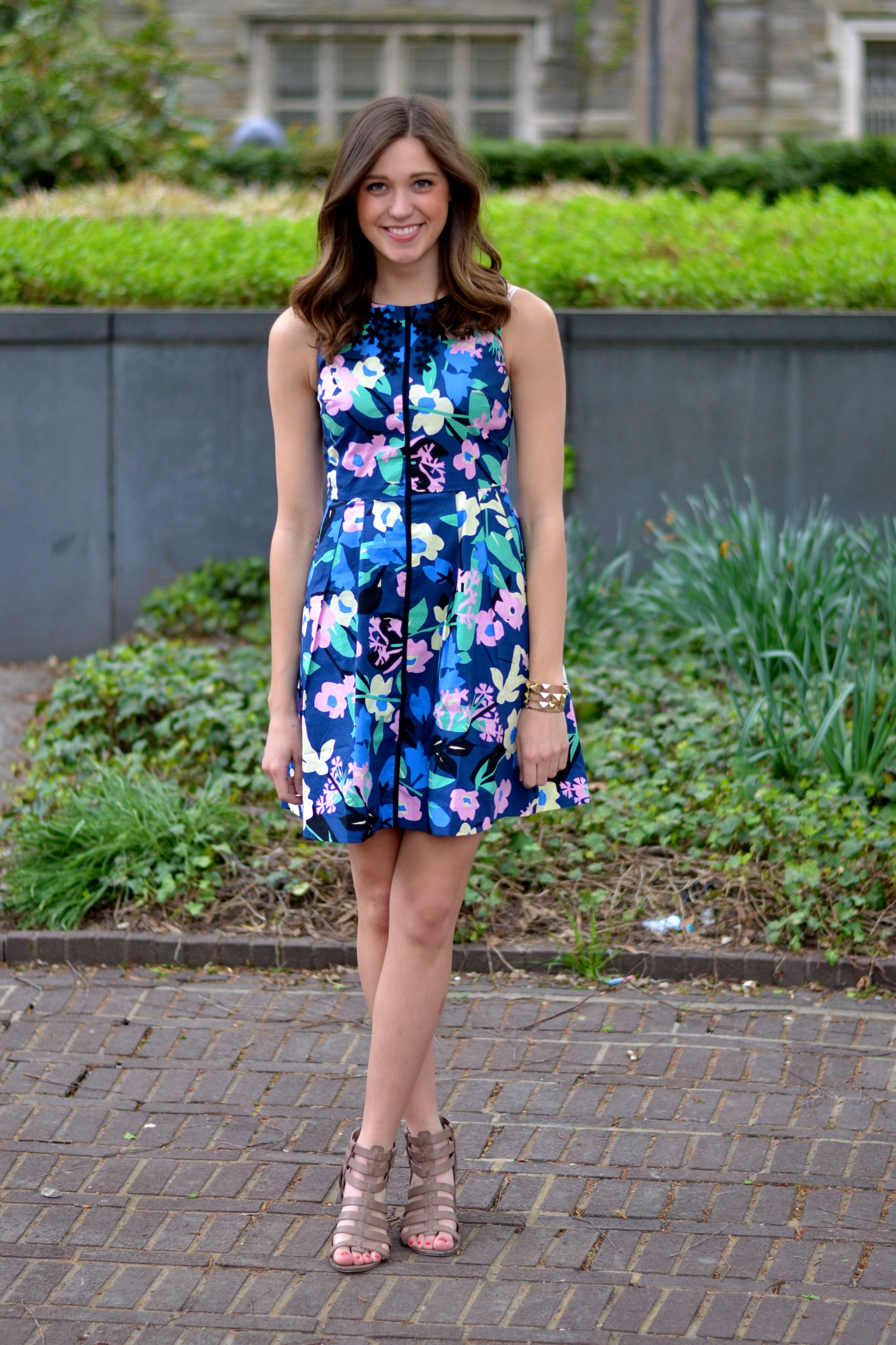 5 Super Cute Graduation Outfit Ideas To Steal For Your Big Day