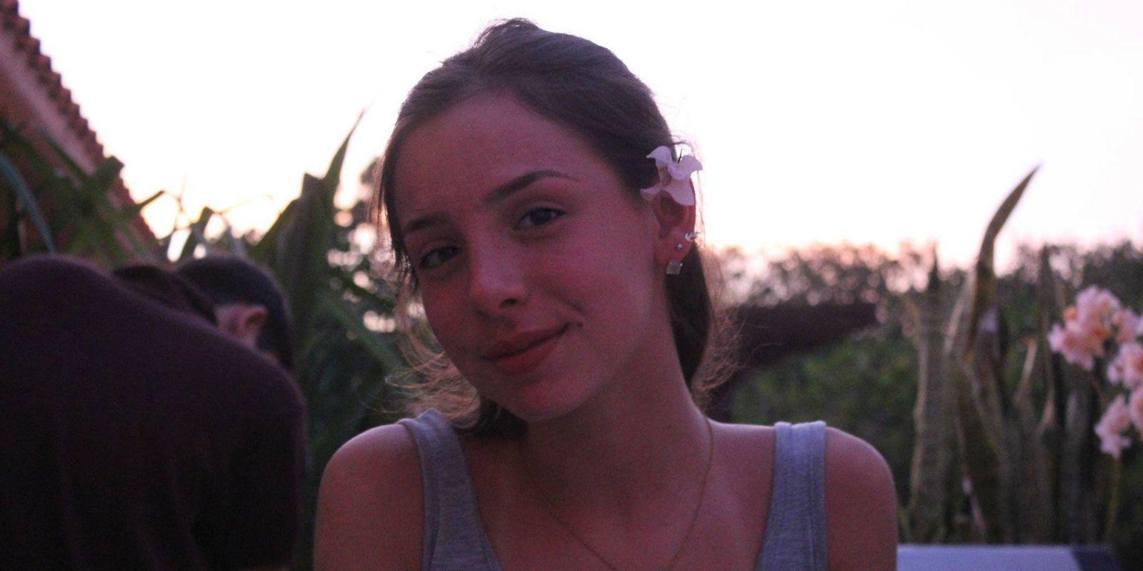 Young teen sluts party